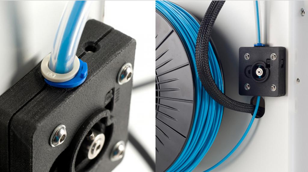 Bildquelle: ultimaker.com - Blick von hinten auf die Fadenspule des 3D Druckers Ultimaker 2. Der Faden hat einen Durchmesser von 2,85 Millimeter