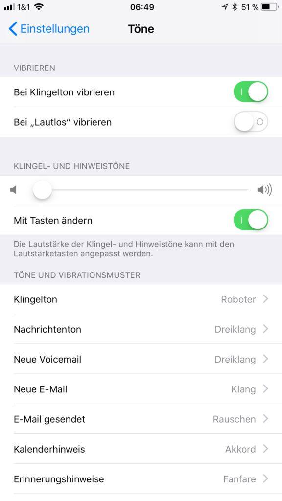 Wenn der Wecker unter iOS 11 zu laut ist, kann mit folgender Hilfe der Ton leise gestellt werden.